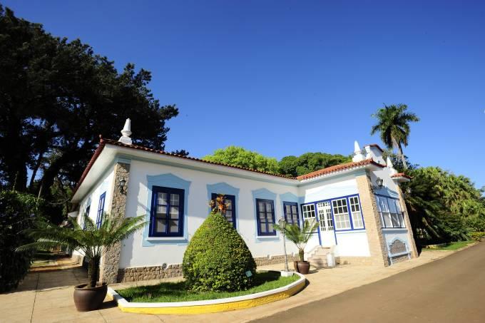 Casarão antigo da Fazenda Tozan, antiga Fazenda Monte d´Este, em Campinas, interior de São Paulo