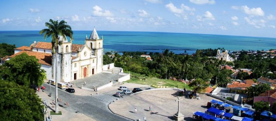 A Matriz de São Salvador do Mundo, no Alto da Sé, compõe um principais cartões-postais de Olinda