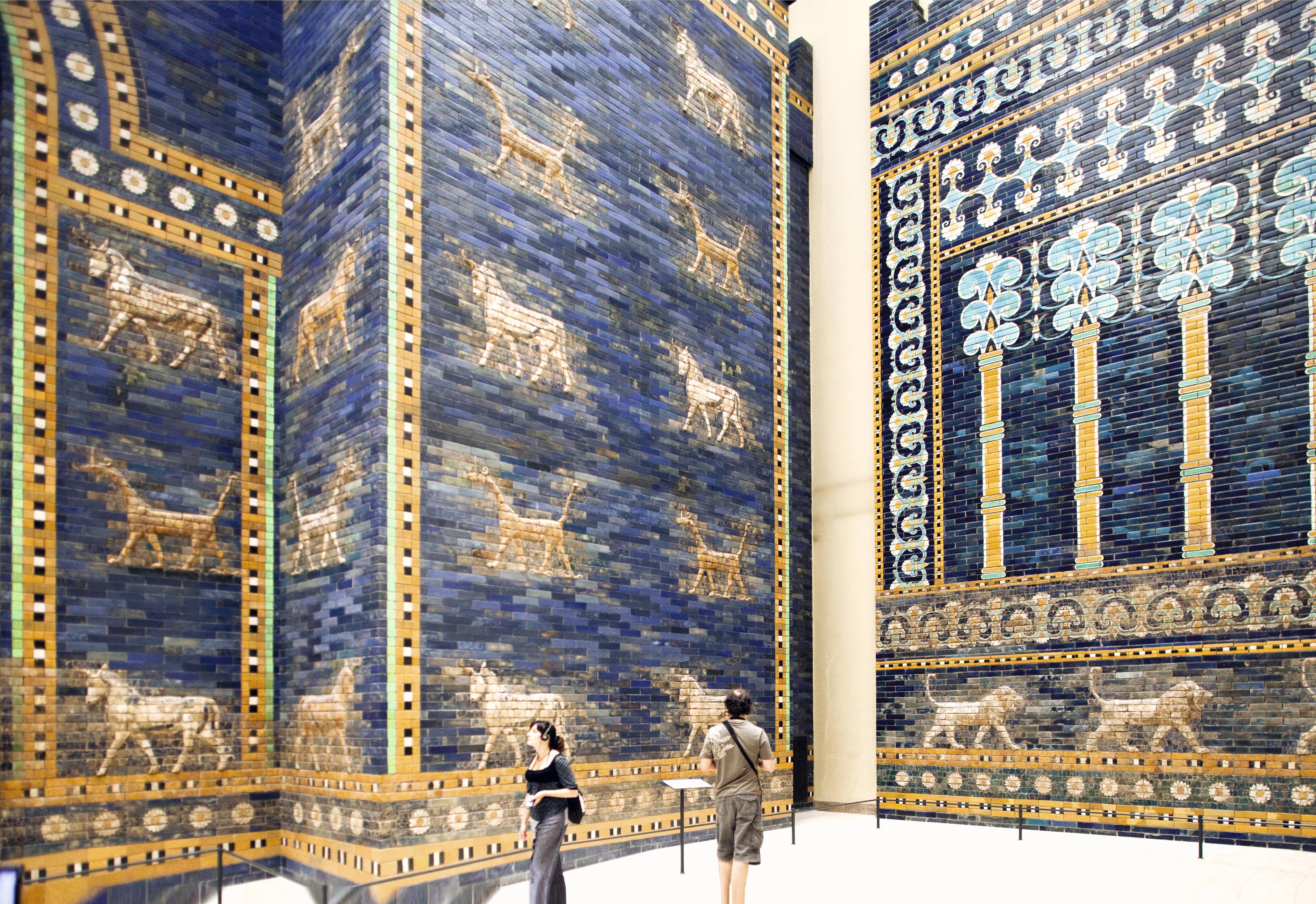 Porta de Ishtar no Museu Pergamon, Berlim, Alemanha