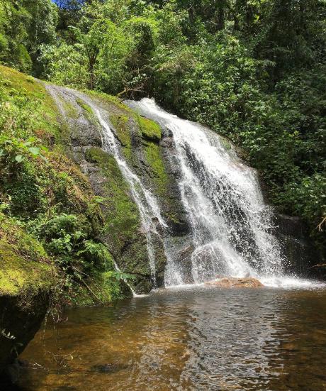 Trilhas pontuadas por quedas d'água estão entre os principais atrativos de São Xico