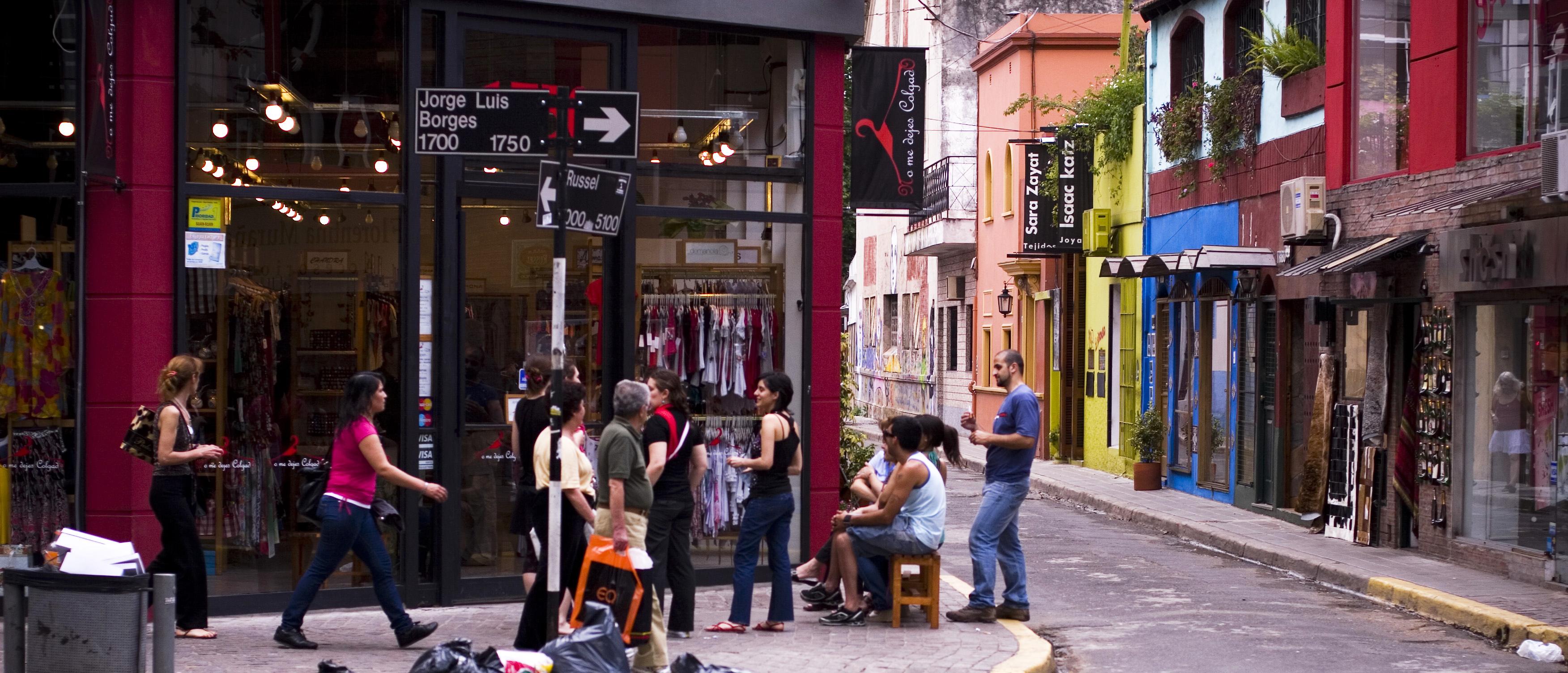 Uma esquinita charmosa no bairro de Palermo Viejo, Buenos Aires