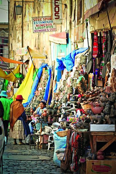 O Mercado de Las Brujas, com seus souvenires para lá de exóticos