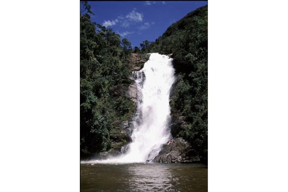 Cachoeira na área da Pousada Vale dos Veados, na Serra da Bocaina, em São José do Barreiro, São Paulo