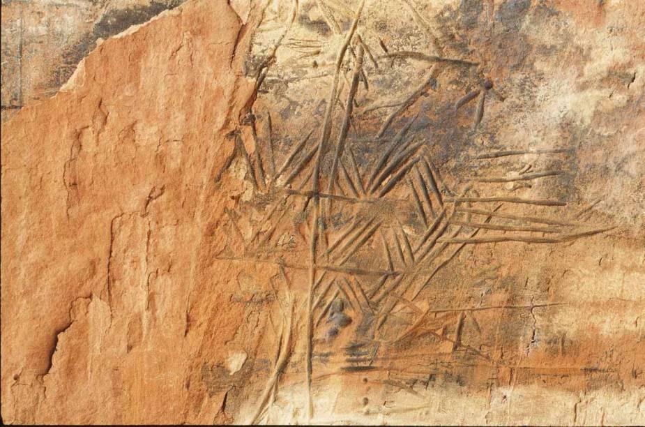 Inscrições rupestres no Morro das Figuras, na Chapada das Mesas
