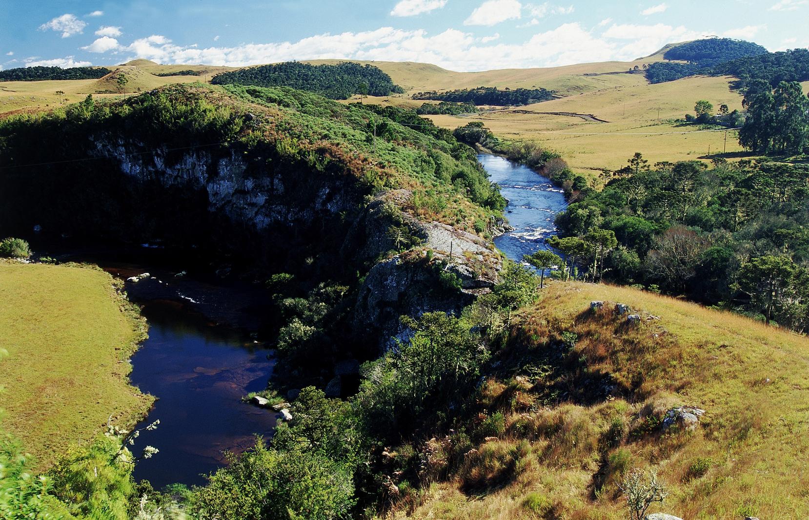 Desnível dos Rios Silveira e Divisa, em São José dos Ausentes, Rio Grande do Sul