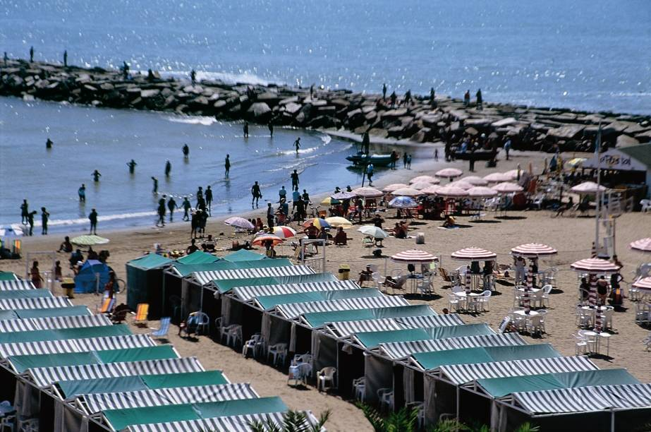 Mar del Plata é o principal balneário argentino. As praias mais procuradas estão no sul e centro da cidade
