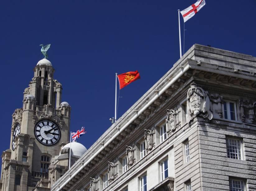 O monumento Royal Liver Building foi construído no século 19, em Liverpool