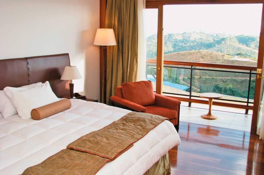 """<strong>2. <a href=""""http://viajeaqui.abril.com.br/estabelecimentos/br-sp-campos-do-jordao-hospedagem-blue-mountain-hotel-spa"""" rel=""""Blue Mountain Hotel & Spa"""" target=""""_blank"""">Blue Mountain Hotel & Spa</a></strong>                    O hotel fica no topo de uma montanha, com vistas para a serra e para a mata fechada                    <a href=""""http://www.booking.com/hotel/br/blue-mountain-spa.pt-br.html?aid=332455&label=viagemabril-camposdojordao"""" rel=""""Faça sua reserva no Blue Mountain Hotel & Spa pelo Booking.com"""" target=""""_blank"""">Faça sua reserva no Blue Mountain Hotel & Spa pelo Booking.com</a>"""