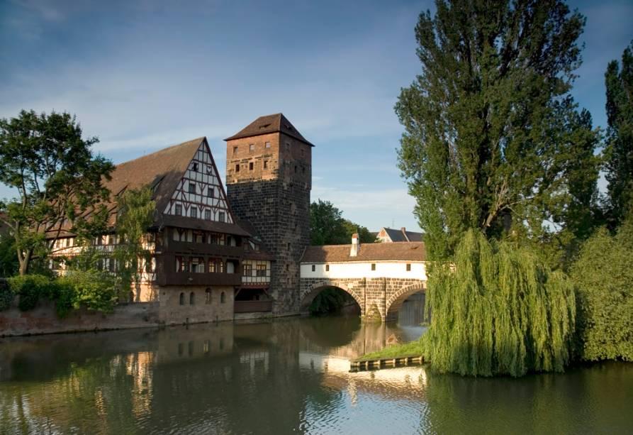 A cidade de Nuremberg, fundada na Idade Média, ainda conserva as muralhas que cercavam a cidade