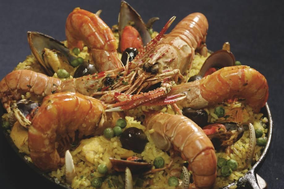 """Paella do restaurante <strong><a href=""""http://viajeaqui.abril.com.br/estabelecimentos/br-go-goiania-restaurante-companhia-do-peixe"""" rel=""""Companhia do Peixe"""" target=""""_blank"""">Companhia do Peixe</a></strong>"""