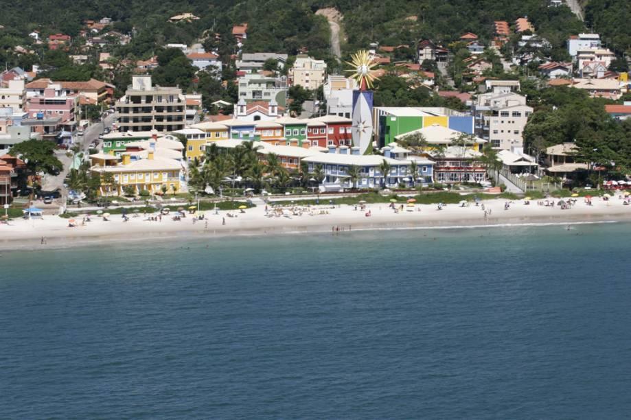 Como toda praia central, Bombinhas está sempre lotada