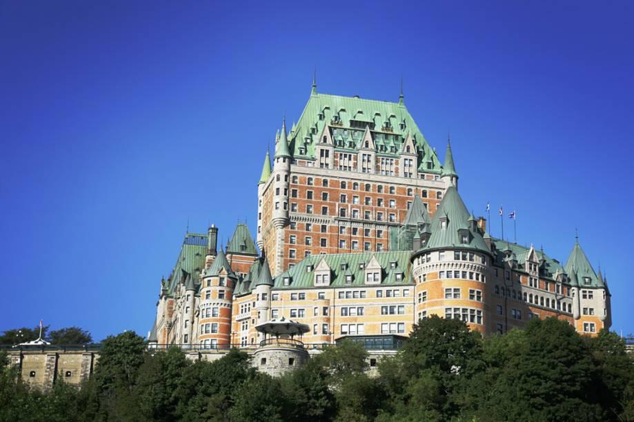 Inaugurado no século 19, o Château Frontenac tem mais de 600 quartos é um dos hotéis mais famosos do Canadá