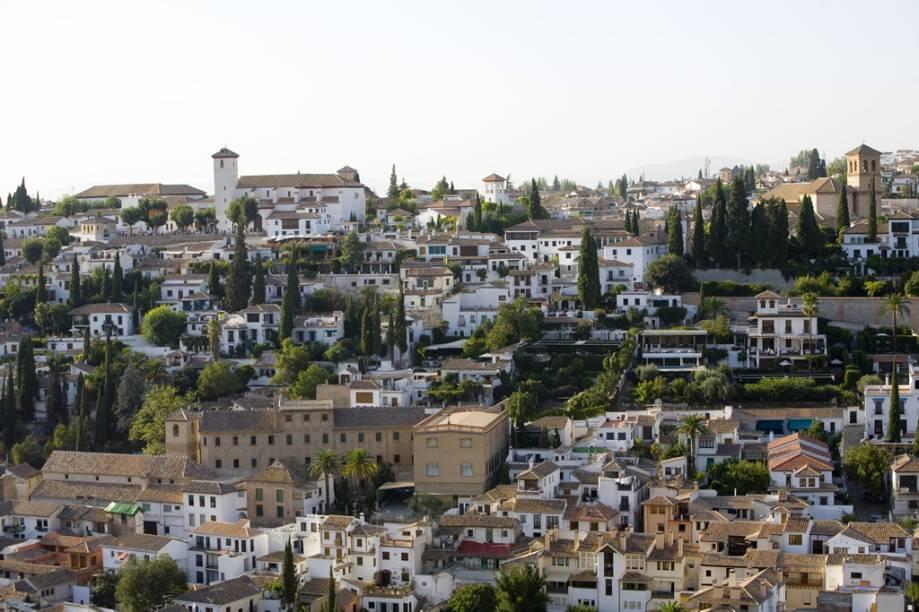 Por séculos sob o domínio dos mouros, Granada foi o último posto de resistência antes da retomada da região pelos cristãos, em 1492