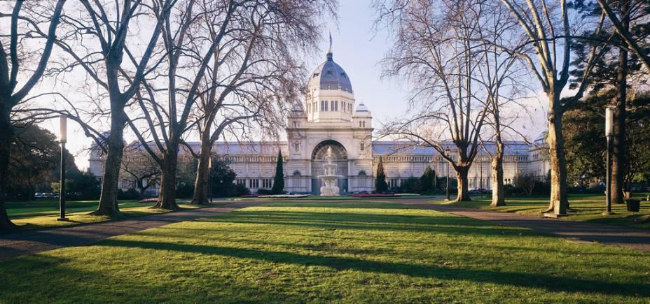 Construído no final do século 19, o Royal Exhibition Building abriga feiras e exposições. Em 2004, foi reconhecido como Patrimônio da Humanidade pela Unesco