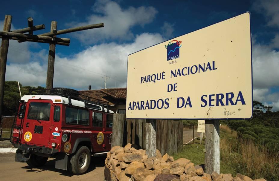 Há três maneiras de explorar o Parque Nacional Aparados da Serra (RS/SC): a Trilha do Cotovelo, a Trilha do Vértice e a Trilha do Rio do Boi