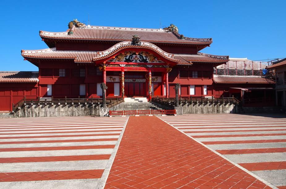 """<strong>6. Naha - <a href=""""http://viajeaqui.abril.com.br/paises/japao"""" rel=""""Japão"""" target=""""_blank"""">Japão</a></strong>Naha, localizada na costa sul da Ilha de Okinawa, é conhecida por seus monumentos históricos e a arquitetura inconfundível. A culinária tradicional também é um atrativo local."""