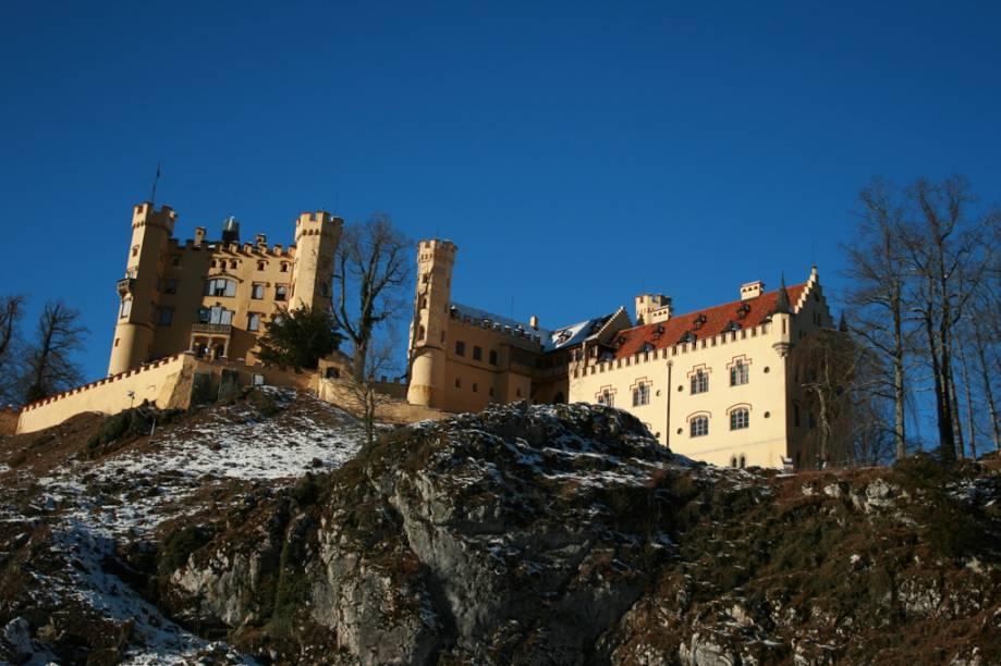 O Castelo Hohenschwangau, na aldeia de Schwangau, atração próxima a Munique