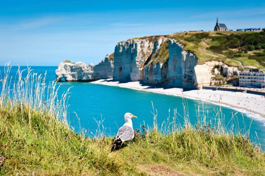 Praia na Costa da Normandia