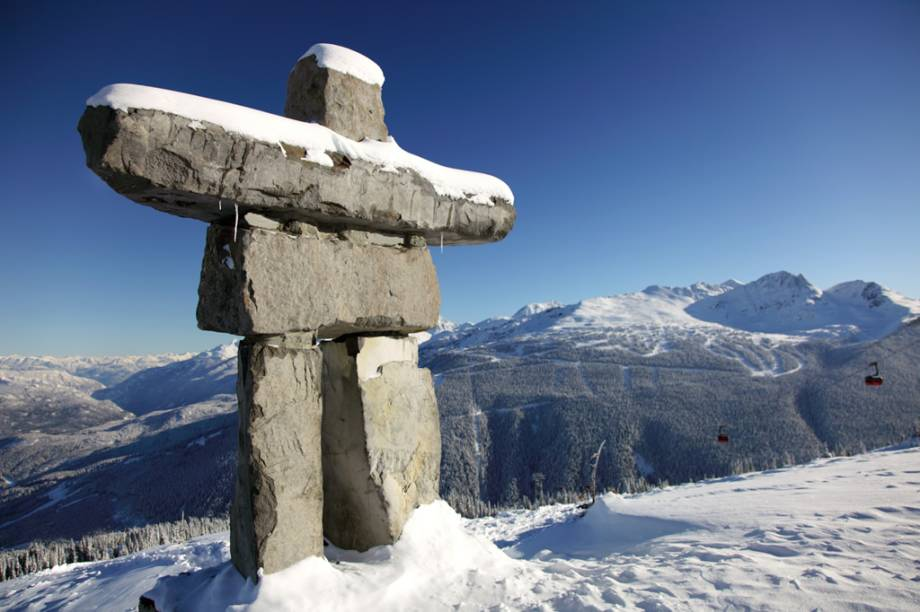 A escultura de pedra Inukshuk inspirou o logo do jogos olímpicos de inverno, realizados em Vancouver em 2010