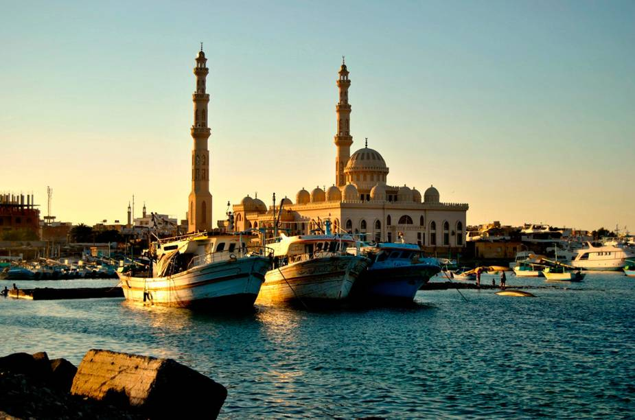 """<strong>7. Hurghada - <a href=""""http://viajeaqui.abril.com.br/paises/egito"""" rel=""""Egito"""" target=""""_blank"""">Egito</a></strong>Os dias são ensolarados praticamente o ano todo nesse balneário que é banhado pelo Mar Vermelho. Algumas praias oferecem boas condições para mergulho, é o caso de Sham El Naga."""