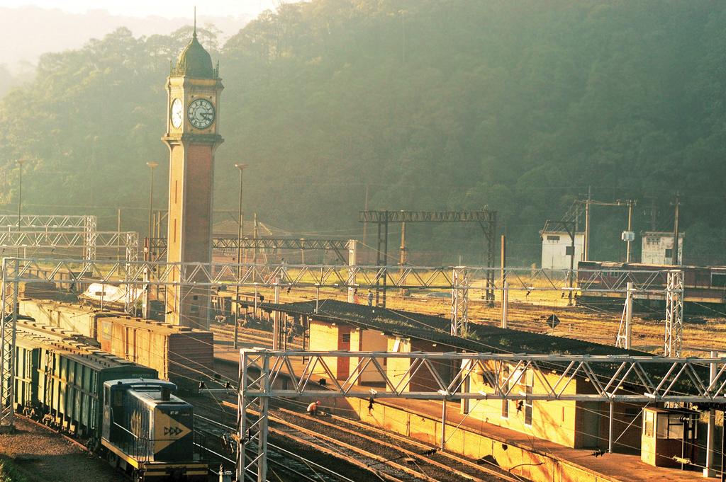 Réplica do relógio Big Ben, de Londres, na estação ferroviária de Paranapiacaba