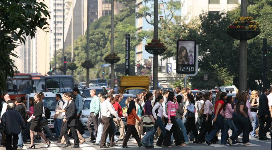 Todos os dias, milhares de pessoas circulam na Avenida Paulista