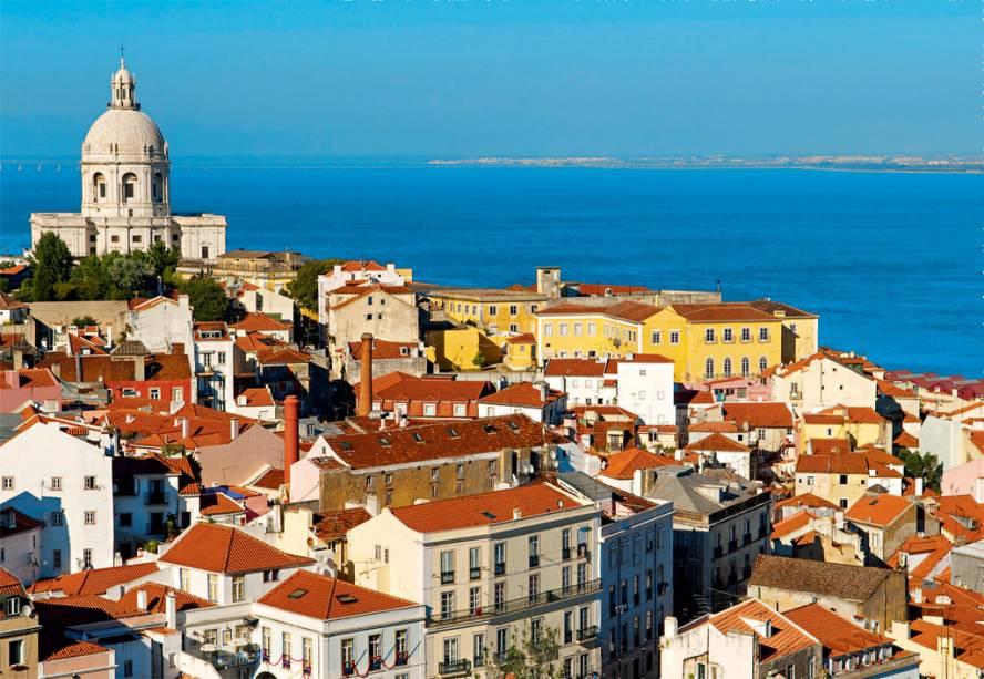 "<strong><a href=""http://viajeaqui.abril.com.br/cidades/portugal-lisboa"" rel=""Lisboa"" target=""_blank"">Lisboa</a> - Portugal </strong>"