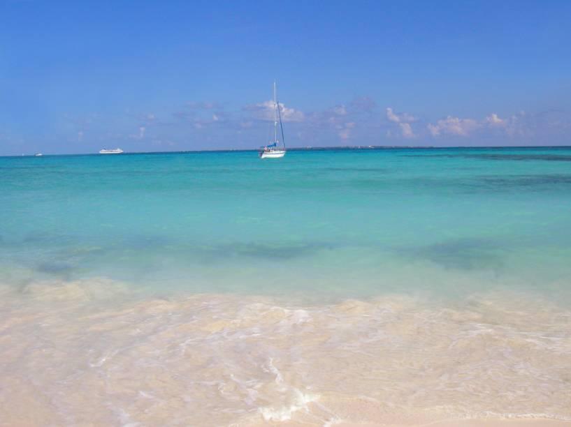 Com águas azul-turquesa e mornas, Cancún é hoje o principal destino turístico do México