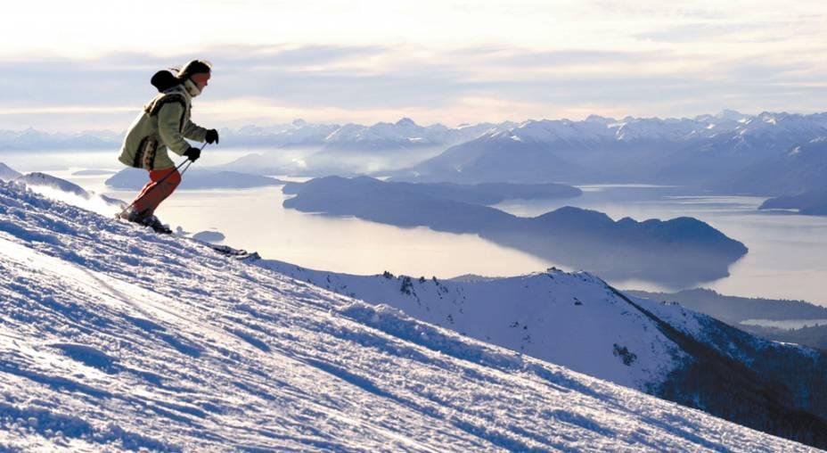 Snowboarders e esquiadores têm acesso a dezenove lanchonetes e restaurantes, assim como infraestrutura com terrain park (com obstáculos e rampas), kids club, desnível para brincar de tubbing e escola de esqui