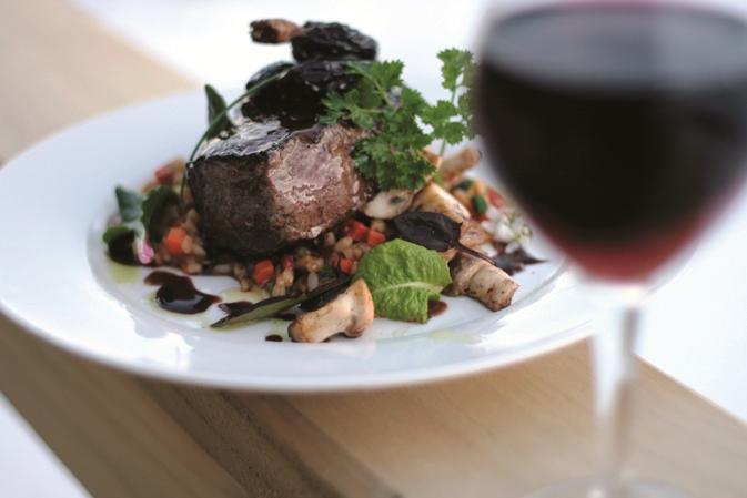 Carnes, pescados e, claro, um bom vinho estão nos cardápios da região do Valle do Rosário