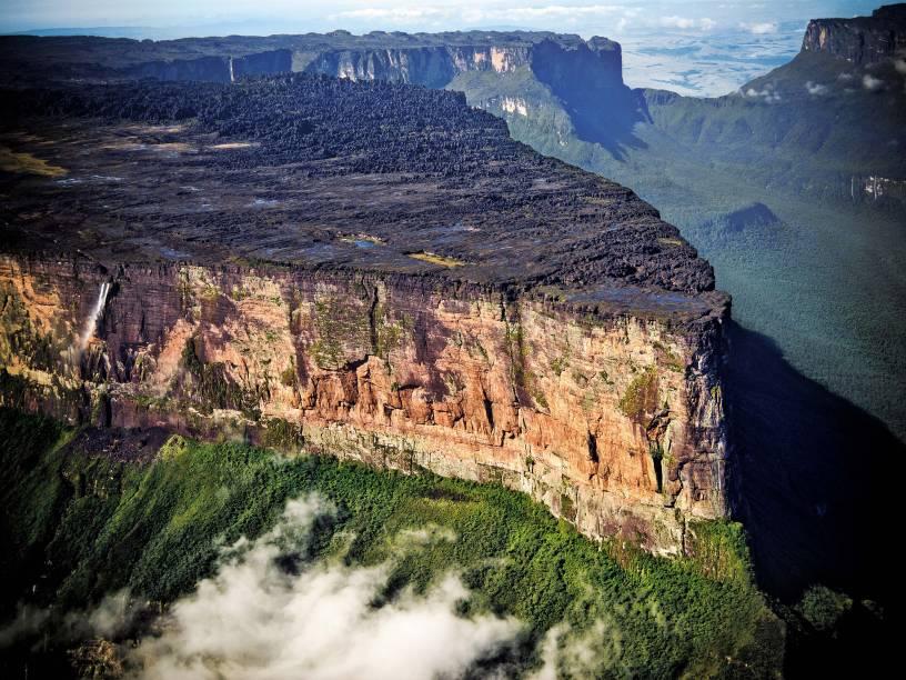 O grande platô do Monte Roraima, a montanha-mesa de 1,8 bilhão de anos