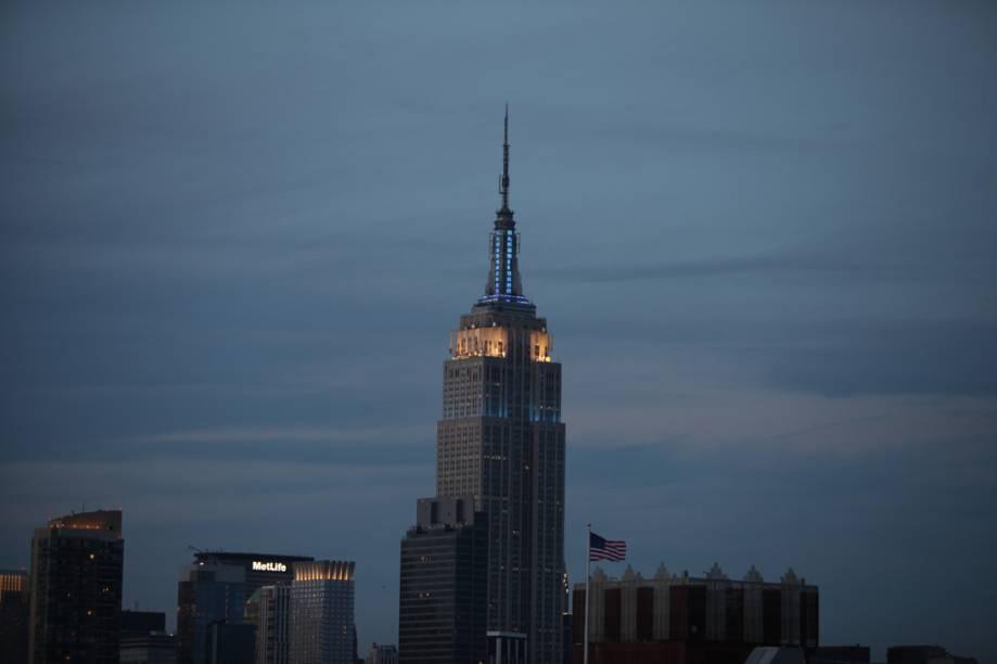 Com 102 andares e 448,7 metros de altura, o Empire State é o prédio mais alto de Nova York. Perdeu o posto em 1972, quando foi inaugurado o World Trade Center, mas depois dos atentados de 11 de setembro, voltou a ser o maior arranha-céu da cidade