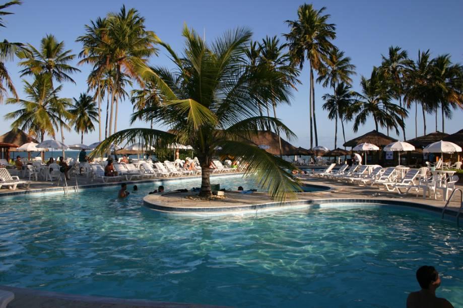 """O <a href=""""https://www.booking.com/hotel/br/salinas-do-maragogi-all-inclusive-resort.pt-br.html?aid=332455"""" target=""""_blank"""" rel=""""noopener"""">Salinas Maragogi All-Inclusive Resort</a> oferece várias opções de lazer, como aula de esqui aquático, mergulho, tirolesa e circuito de arvorismo"""