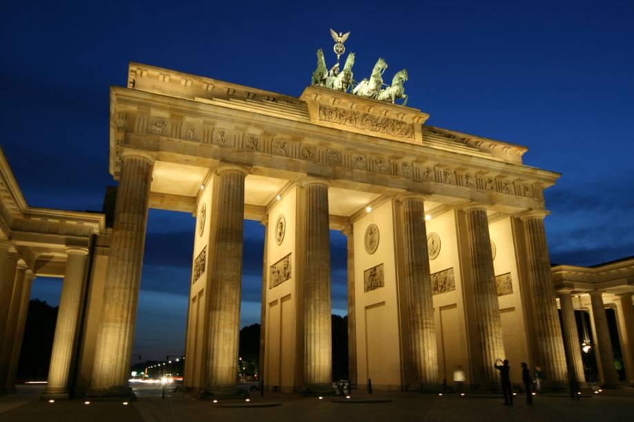 O Portal de Brandemburgo, o mais poderoso ícone da Alemanha unida, foi erguido em 1791 para celebrar as vitórias bélicas prussianas