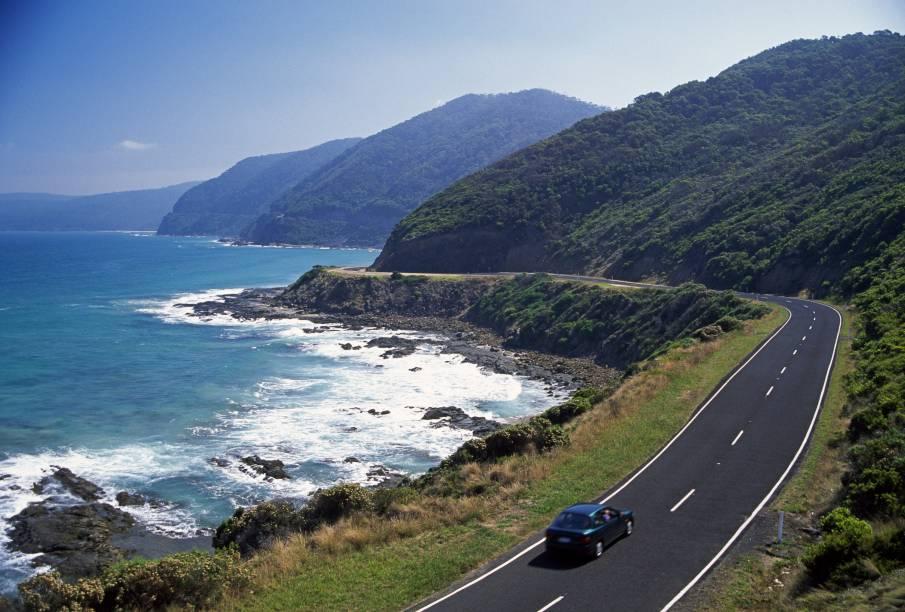 Para quem vai de Torquay a Warrnambool, em Victoria, a Great Ocean Road acrescenta mais de 60 quilômetros ao percurso mais direto, mas, com estas vistas pelo caminho, não há quem reclame
