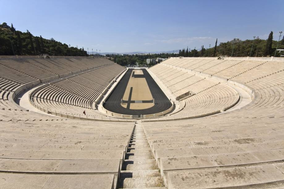 Reconstruído diversas vezes, o Estádio Panathinaiko tem fundações originais de mais de 2.300