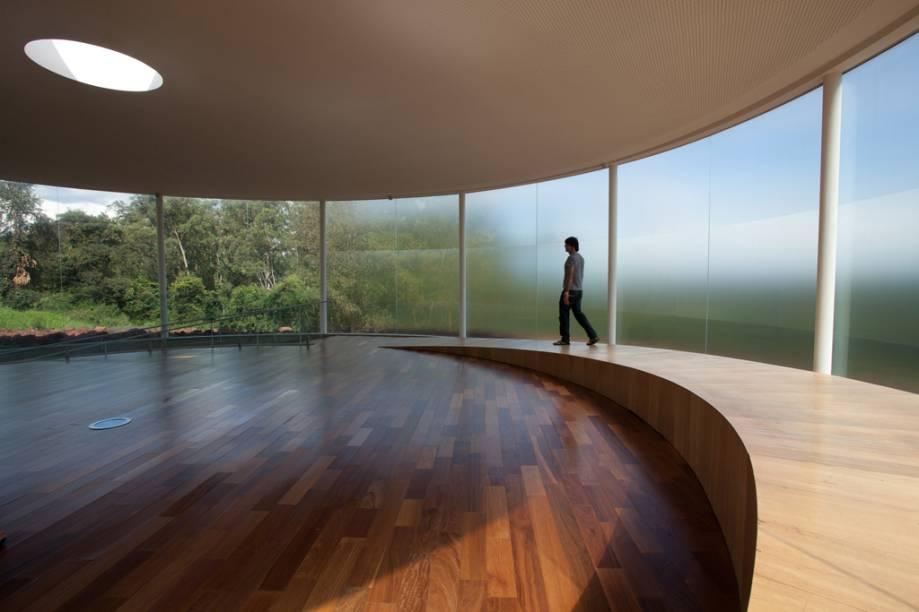 """""""Som da Terra"""", ou """"The Sound Pavilion"""", de Doug Aitken"""