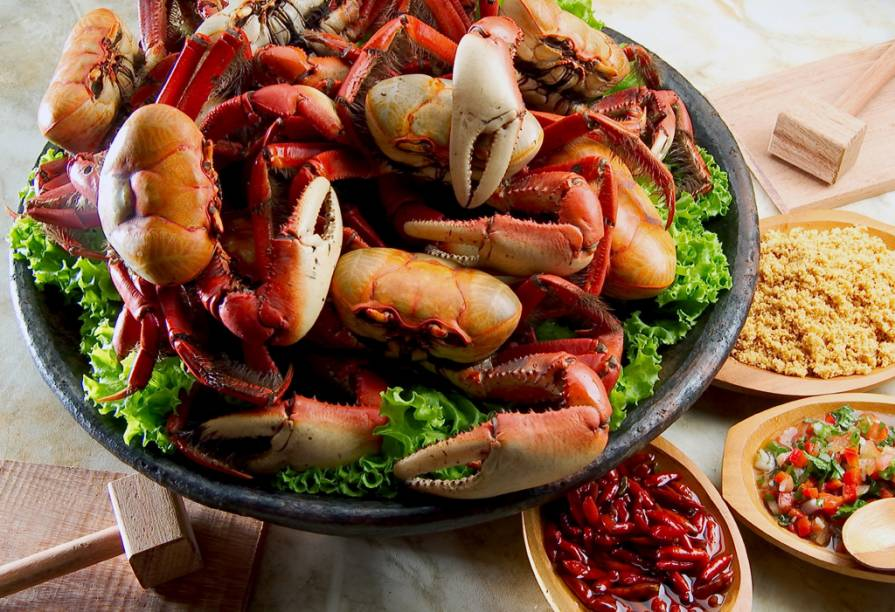 A caranguejada capixaba é um dos pratos típicos de Vitória