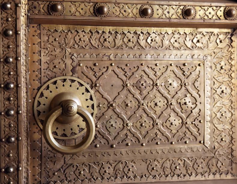 Detalhe de portão do Palácio da Cidade, morada dos rajás de Jaipur
