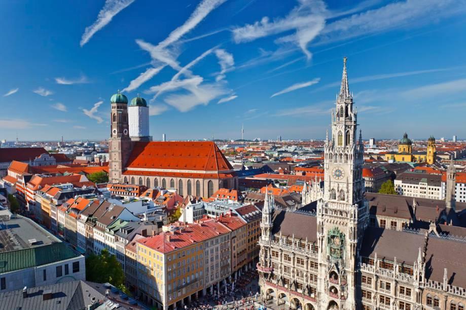 "<strong>4- <a href=""http://viajeaqui.abril.com.br/cidades/alemanha-munique"" rel=""Munique"">Munique</a></strong><br />      <strong>País:</strong> Alemanha<br />      <strong>População:</strong> 1,4 milhão de habitantes<br />      <strong>Área:</strong> 310 km²"