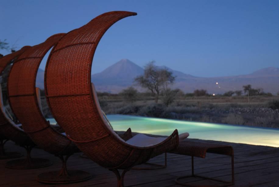 O Hotel Tierra Atacama tem a melhor vista, com os quartos e a piscina voltados para o Vulcão Licancabur