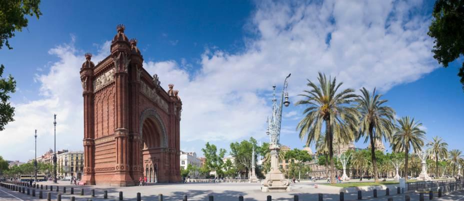 Arco do Triunfo de Barcelona, projetado por Josep Vilaseca i Casanovas