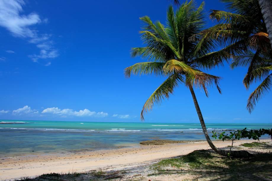 <strong>Praia do Espelho</strong><br />O mar da Praia do Espelho às vezes é verde, noutras azul