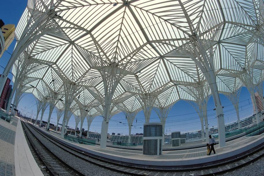 Herança da Expo 98, o Parque das Nações tornou-se um point de lazer junto ao Rio Tejo com bares, restaurantes, aquário, teleférico e exposições de arte