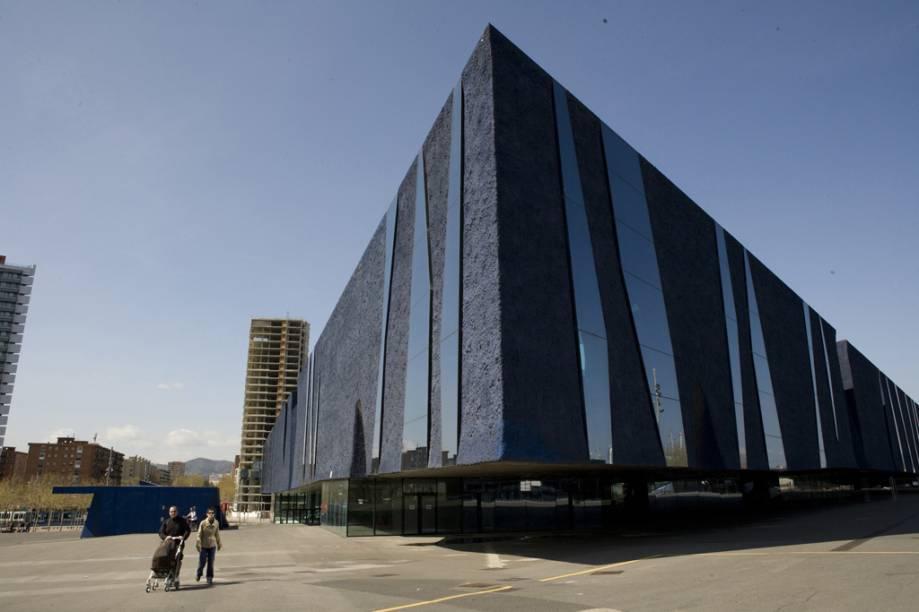 Edifício Fórum Barcelona, obra dos arquitetos Jacques Herzog e Pierre de Meuron