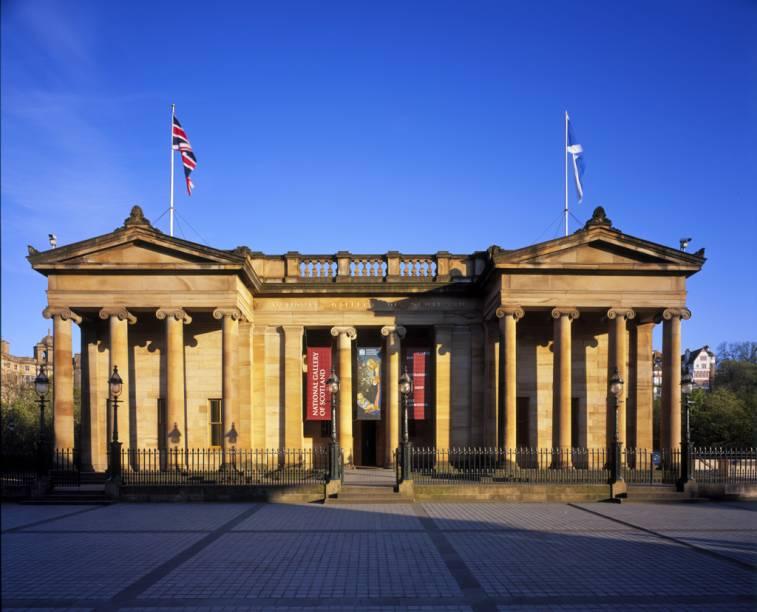A National Gallery abriga obras clássicas de mestres como Botticelli, Rubens, Rafael e Monet