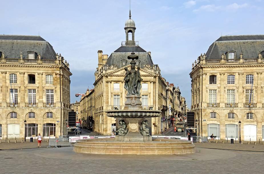 A fonte Place de la Bourse é um ícone do centro da cidade
