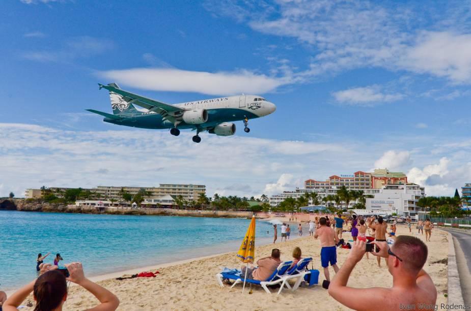 Maho Beach, praia colada na cabeceira da pista do aeroporto de <strong>St Maarten</strong>