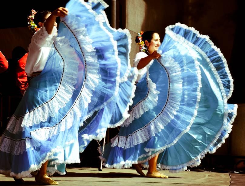 O evento reúne manifestações artísticas, culturais e gastronômicas de diversas nacionalidades