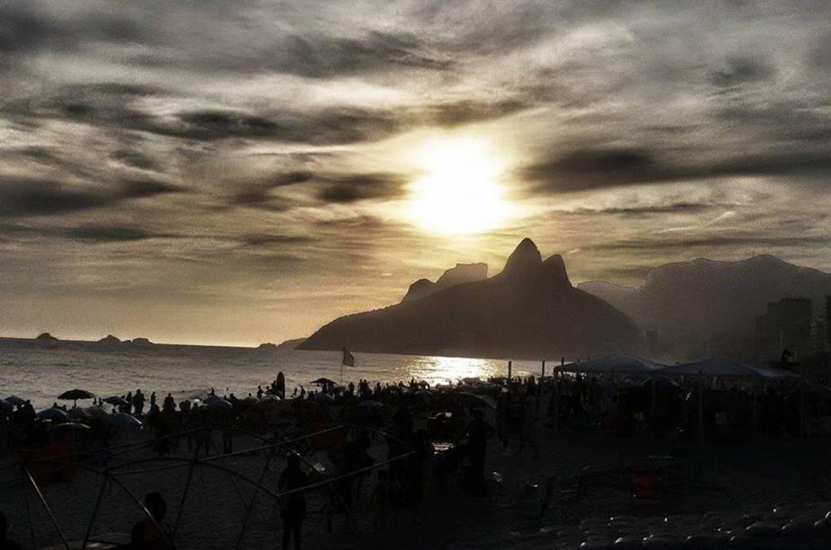 O pôr do sol em Ipanema é bem lindo, do jeito que Daniel Cavalcante De Lima capturou